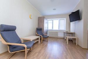 Apartment on Vagzhanova 3