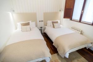 A Picture of Cuatro Caminos Rooms
