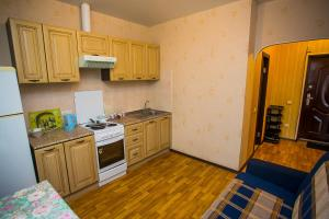 Elite Apartment on Yuzhno-Uralskaya, Apartmanok  Vlagyivosztok - big - 13