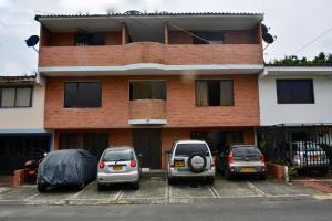 Ideal para familias, empresarios o viajeros, Apartments  Cali - big - 3