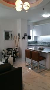 Maple Leafs Penthouse, Apartmány  Angeles - big - 86