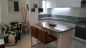 Maple Leafs Penthouse, Apartmány  Angeles - big - 88