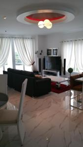 Maple Leafs Penthouse, Apartmány  Angeles - big - 92