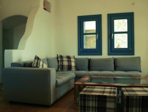 Almyra Yellow Villa, Dovolenkové domy  Kithnos - big - 13