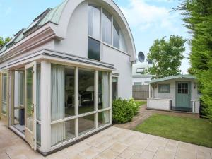 Holiday home Windstil, Holiday homes  Noordwijk - big - 35