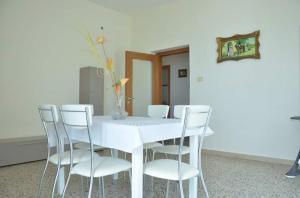 Casa Vacanza Anita, Апартаменты  Агрополи - big - 9