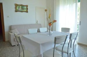Casa Vacanza Anita, Апартаменты  Агрополи - big - 3