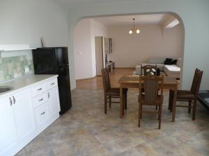 Apartments Kaloyan, Apartmanok  Veliko Tarnovo - big - 27