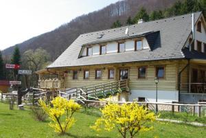 Penzión Mlynárka, Guest houses  Rajecké Teplice - big - 48