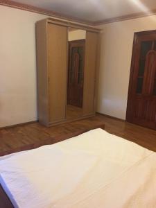 Apartment Center, Apartmány  Ternopil - big - 14