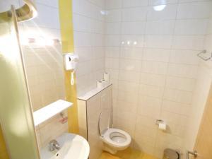 Rooms NCM Ivan Pavao II - фото 5