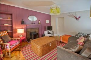 Ardlussa Cottage, Holiday homes  Gairlochy - big - 15