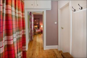 Ardlussa Cottage, Holiday homes  Gairlochy - big - 12