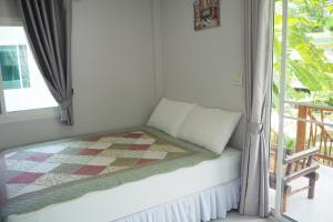 Krua Baan Suan, Загородные дома  Таланг - big - 10