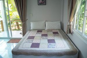 Krua Baan Suan, Загородные дома  Таланг - big - 14
