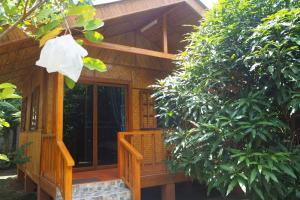 Krua Baan Suan, Загородные дома  Таланг - big - 16