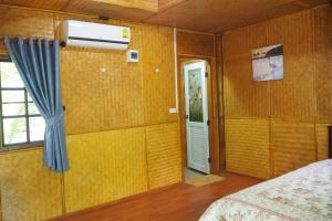 Krua Baan Suan, Загородные дома  Таланг - big - 17