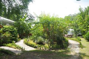 Krua Baan Suan, Загородные дома  Таланг - big - 42