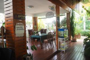 Krua Baan Suan, Загородные дома  Таланг - big - 1