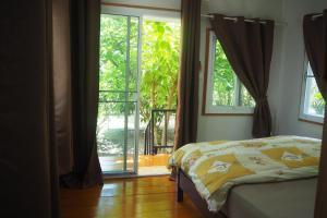Krua Baan Suan, Загородные дома  Таланг - big - 28
