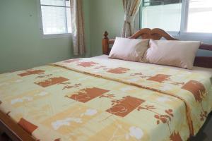 Krua Baan Suan, Загородные дома  Таланг - big - 30