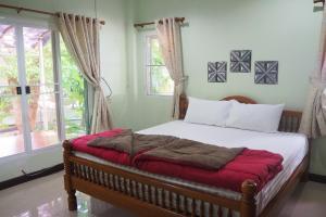 Krua Baan Suan, Загородные дома  Таланг - big - 31