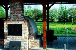 Vándor Vendégház és Horgásztó, Гостевые дома  Gyügye - big - 16