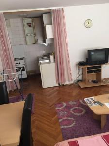 Guesthouse Srdic no.2 - фото 2