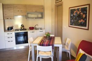 Appartamento Scorcio di Mare, Апартаменты  Ачи Костелло - big - 6