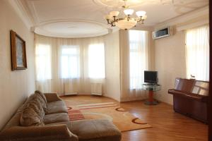 Panorama Holiday Home, Holiday homes  Baku - big - 22