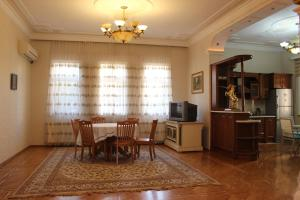Panorama Holiday Home, Case vacanze  Baku - big - 12