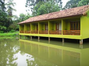 Pousada Parque das Gabirobas, Agriturismi  Macacos - big - 1