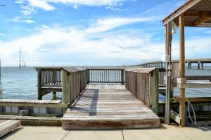Fish Camp Unit #21 Condo, Apartmány  Dauphin Island - big - 2