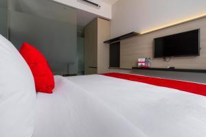 RedDoorz Plus near Perbanas, Vendégházak  Jakarta - big - 3