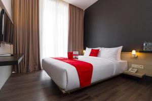 RedDoorz Plus near Perbanas, Vendégházak  Jakarta - big - 1