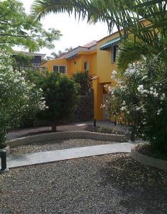 Apartamentos Villa María, Apartmány  Los Llanos de Aridane - big - 99