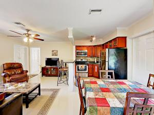 4751 NE 21st Ter Lighthouse Point Townhome Unit 1 Townhouse, Prázdninové domy  Pompano Beach - big - 22