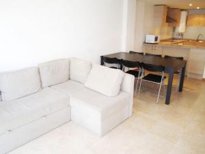 Apartments 1444