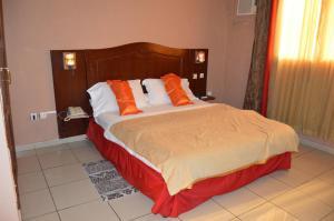 Яунде - Tou'Ngou Hotel