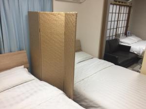 Kitaueno Zebra Apartment, Apartments  Tokyo - big - 17