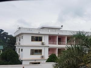 Awuakyewaa Hotel