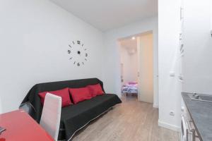 M&F Apartaments Huertas, Appartamenti  Madrid - big - 11
