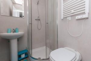 M&F Apartaments Huertas, Appartamenti  Madrid - big - 4
