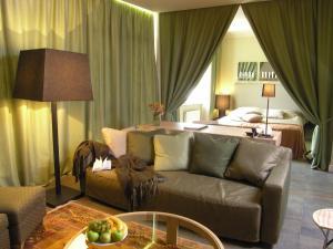 Luxury apartment on Zatyshna 9