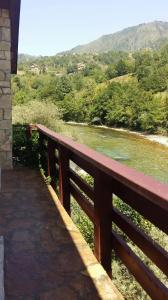 Cozy house next to river Neretva in nature - фото 8