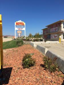 Western Budget Motel #3 Whitecourt, Motels  Whitecourt - big - 15