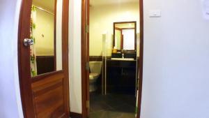 Khum Nakhon Hotel, Hotels  Nakhon Si Thammarat - big - 8
