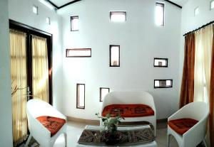 Onim Humble Home Palagan, Prázdninové domy  Yogyakarta - big - 3