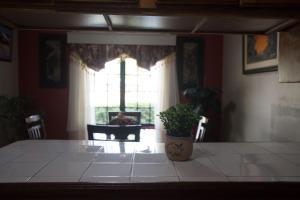 Home away from home, Dovolenkové domy  Chaguanas - big - 24