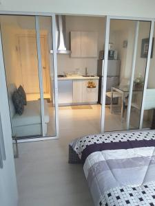 Azure Urban Resort Tinoyshome, Apartmanok  Manila - big - 33